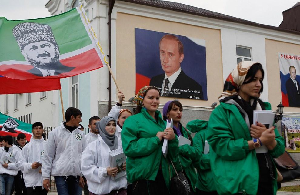 В 2012 году Владимир Путин на президентских выборах набрал в Чечне около 99.76% голосов избирателей