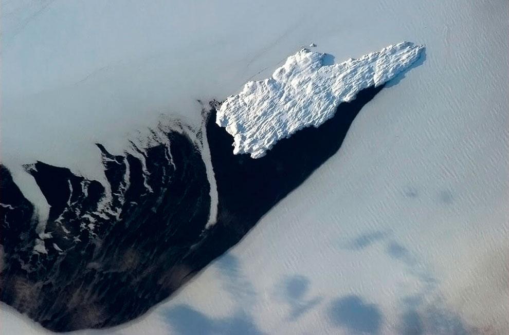 Пролив на востоке Канады между полуостровом Лабрадор и островом Ньюфаундленд
