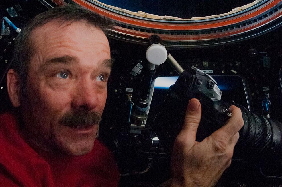 На борту МКС Крис Хэдфилд много фотографировал