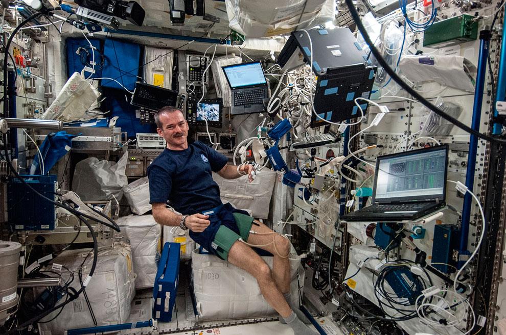 Одной из основных целей при создании МКС являлась возможность проведения на станции экспериментов, требующих наличия уникальных условий космического полёта