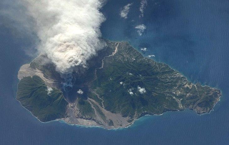 Вулкан Суфриер-Хиллс и остров-призрак