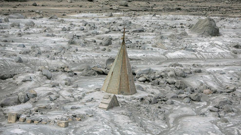 Бывшая столица острова Монтсеррат почти полностью погребена под толстым слоем пепла