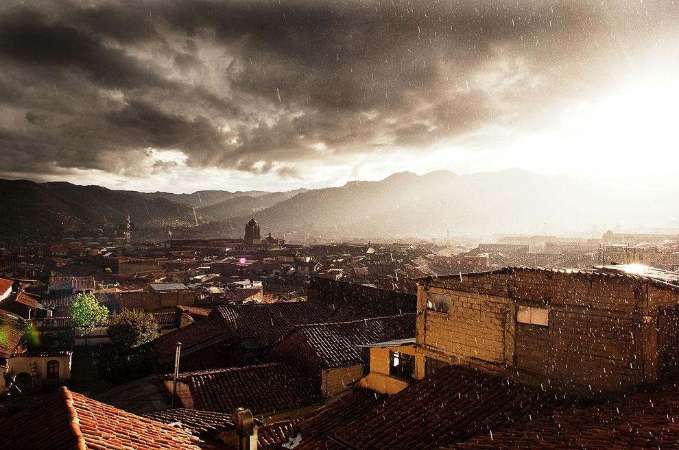 Ливень в Куско — городе на юго-западе Перу