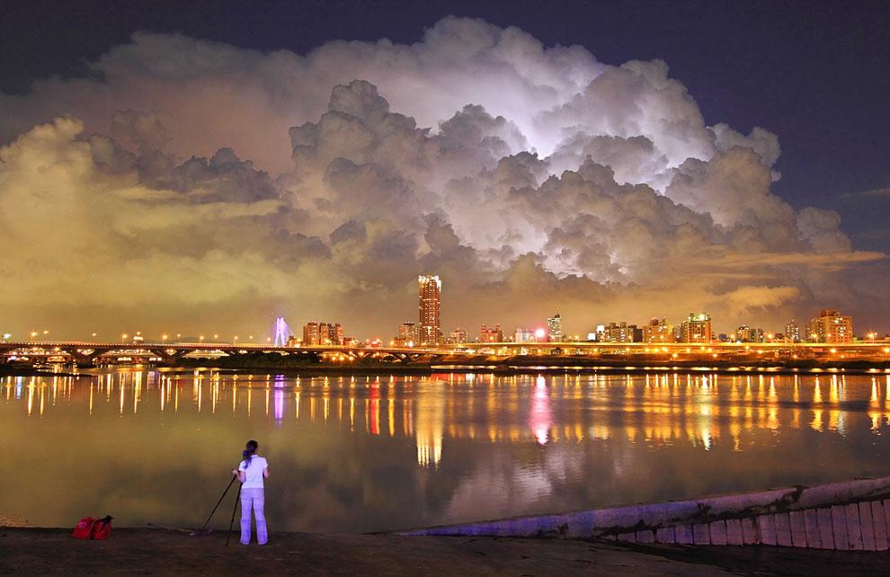 Ночной Тайпей — столица Тайваня