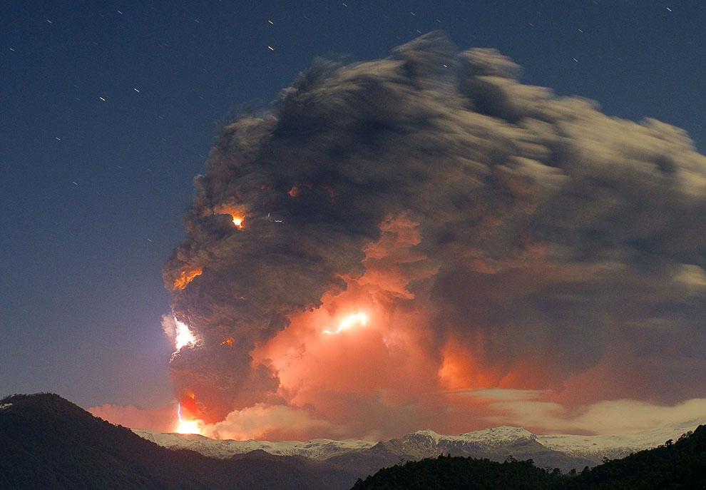 Извержение вулкана Cordon Caulle в Чили