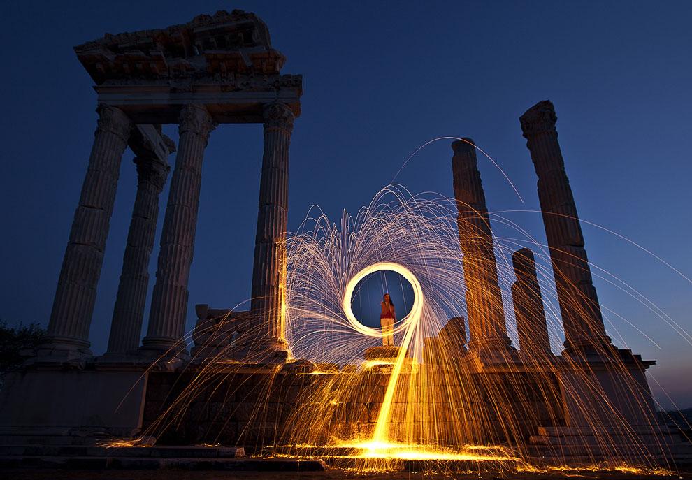 Фризлайт в древнегреческом городе. Также смотрите статью «Фризлайт — рисование светом»