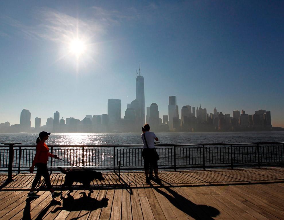 Вид на самое высокое здание в западном полушарии