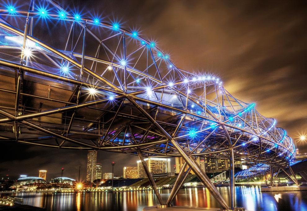 Пешеходный мост Helix