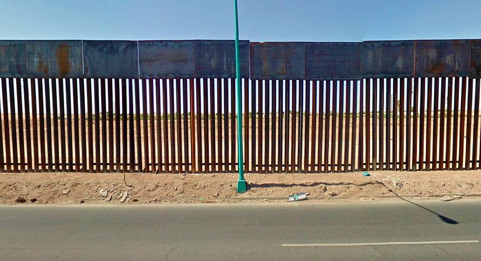 Вездесущий сервис Google Street View мчится вдоль границы Мексики и США