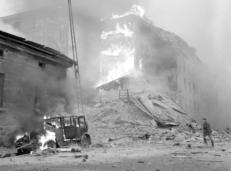Бомбардировки Хельсинки советскими самолетами