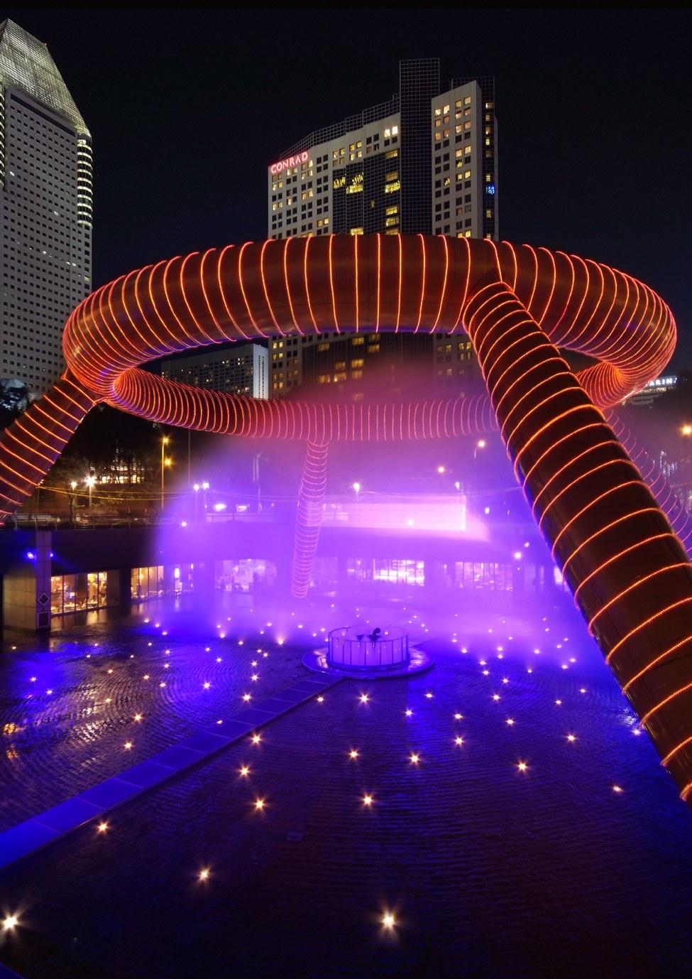 Фонтан богатства (Сингапур) — построенный по фэн-шуй