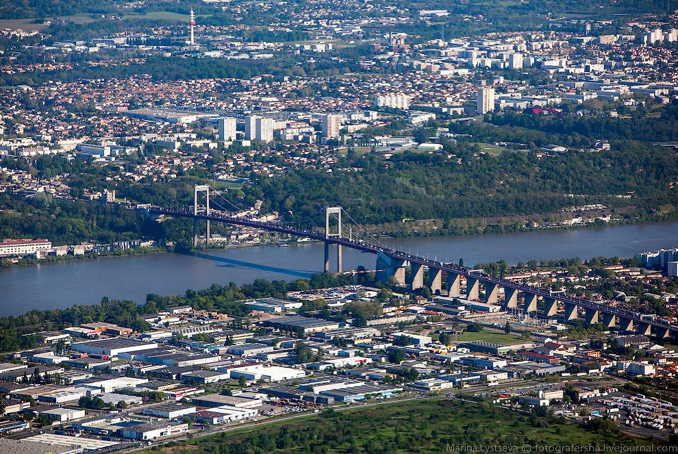 Подвесной мост Аквитания в Бордо