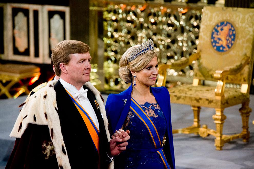 Новый король Оранский Виллем-Александр и его супруга, Её Королевское Величество Ма́ксима
