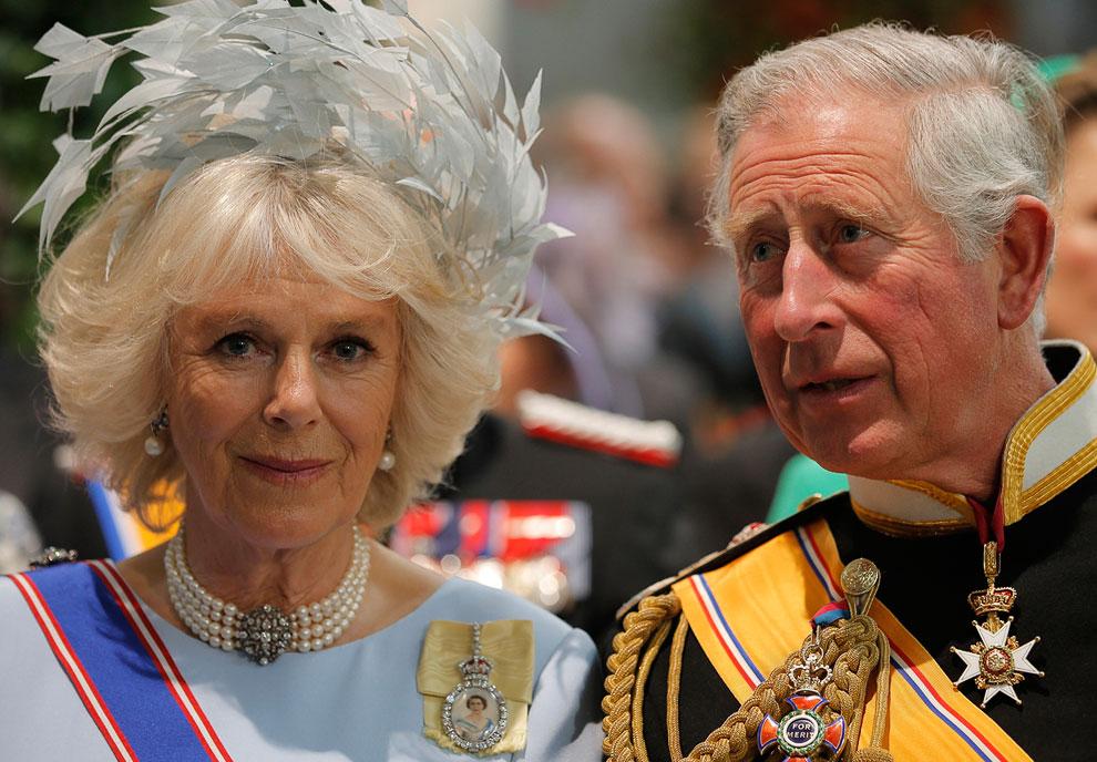 Британский принц Чарльз и его жена Камилла на церемонии