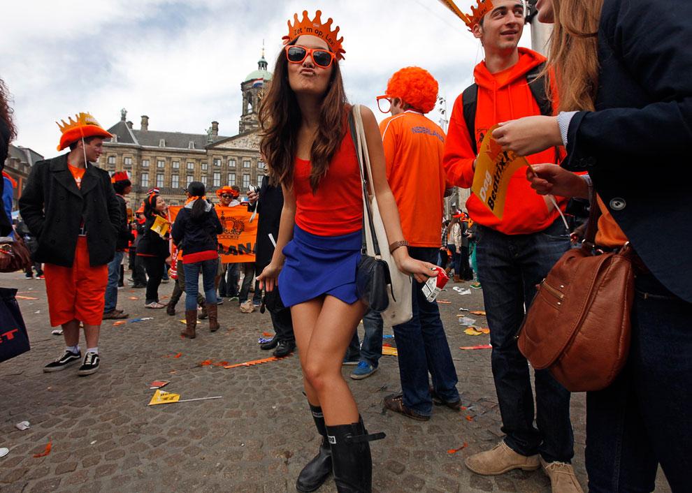 В 2012 году в Конституцию Нидерландов были внесены изменения, согласно которым монархи лишены реальной власти
