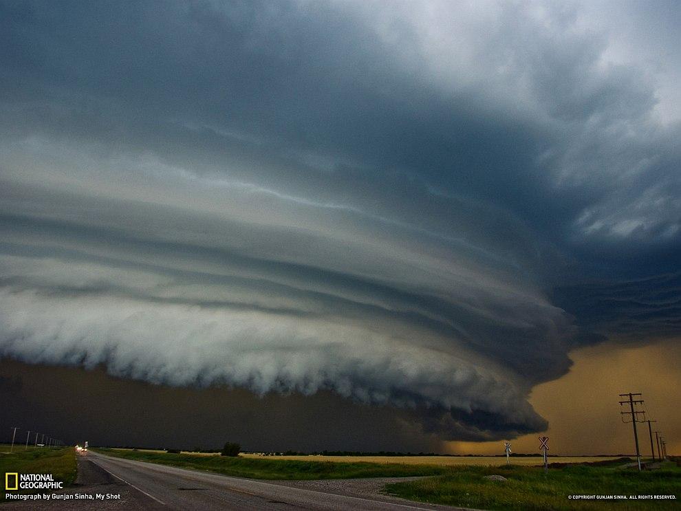 Буря в в канадских прериях