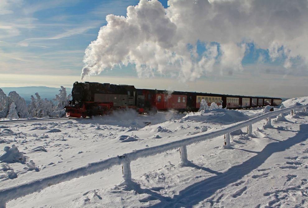 Гора Брокен и Узкоколейная железная дорога в Харце, Германия