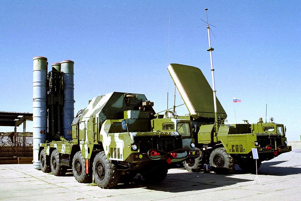 Зенитные ракетные системы среднего радиуса действия С-300