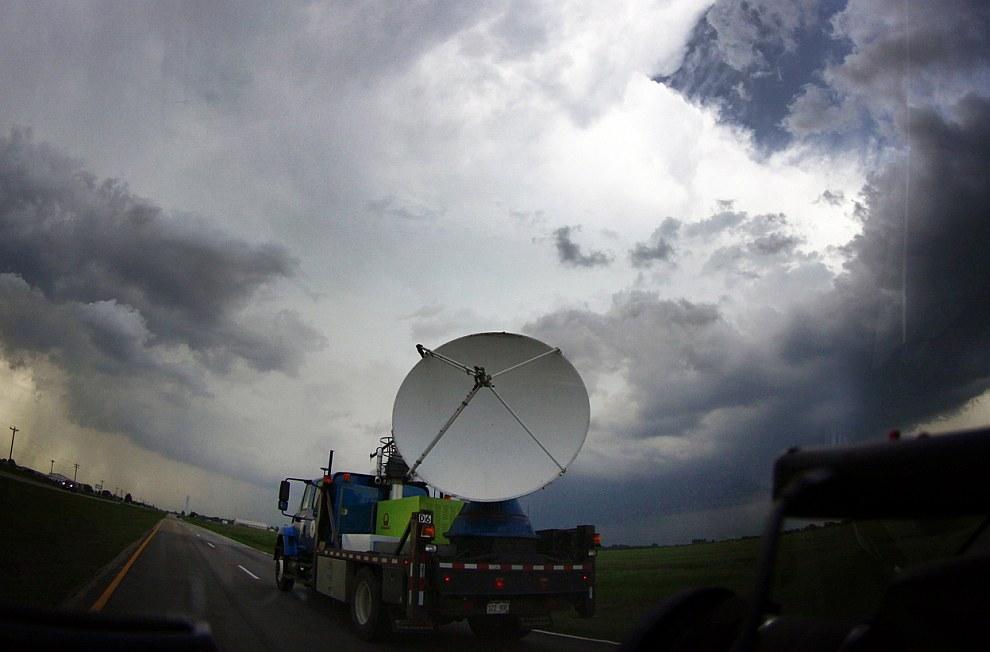 Пикап метеослужбы с доплеровским радаром