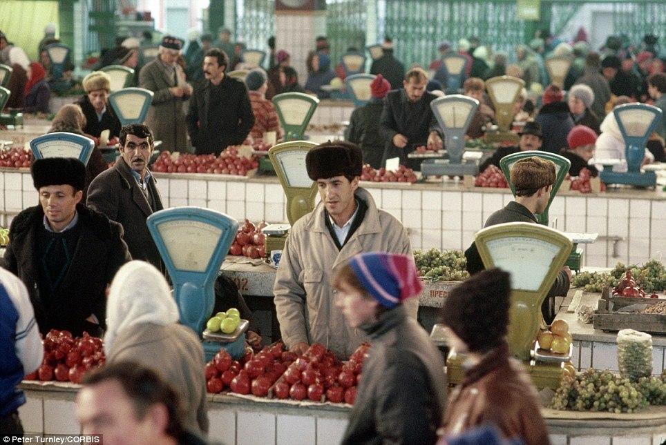 Рынок в Калуге, ноябрь 1991-го