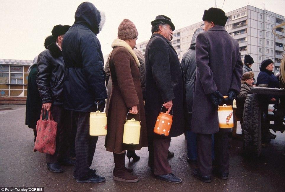 Очередь за молоком, Тула, ноябрь 1991-го