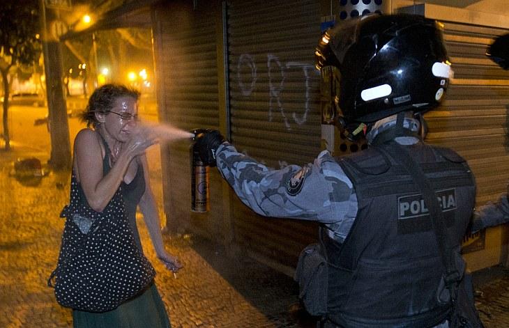 Таких протестов Бразилия не видела последние 20 лет