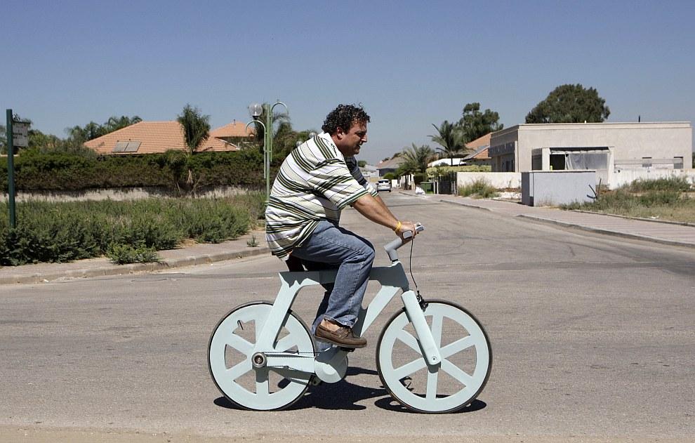 Изобретатель из Израиля и его картонный велосипед