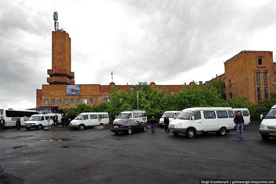 В Ереване поздно просыпаются и встают