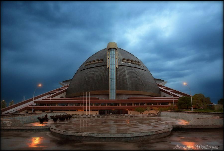 Спортивно-концертный комплекс имени Карена Демирчяна «Амалир»