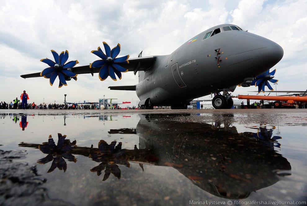 Среднемагистральный грузовой самолет Ан-70