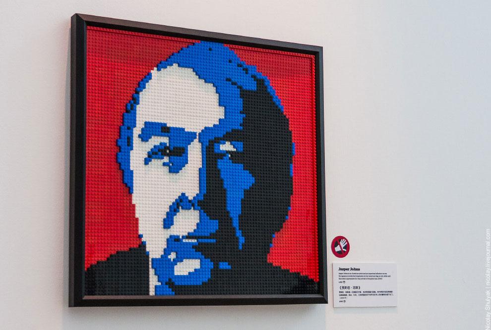 Выставка LEGO-скульптур
