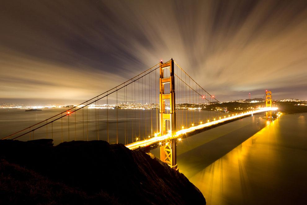Мост Золотые Ворота в американском городе Сан-Франциско — один из самых известных мостов в мире