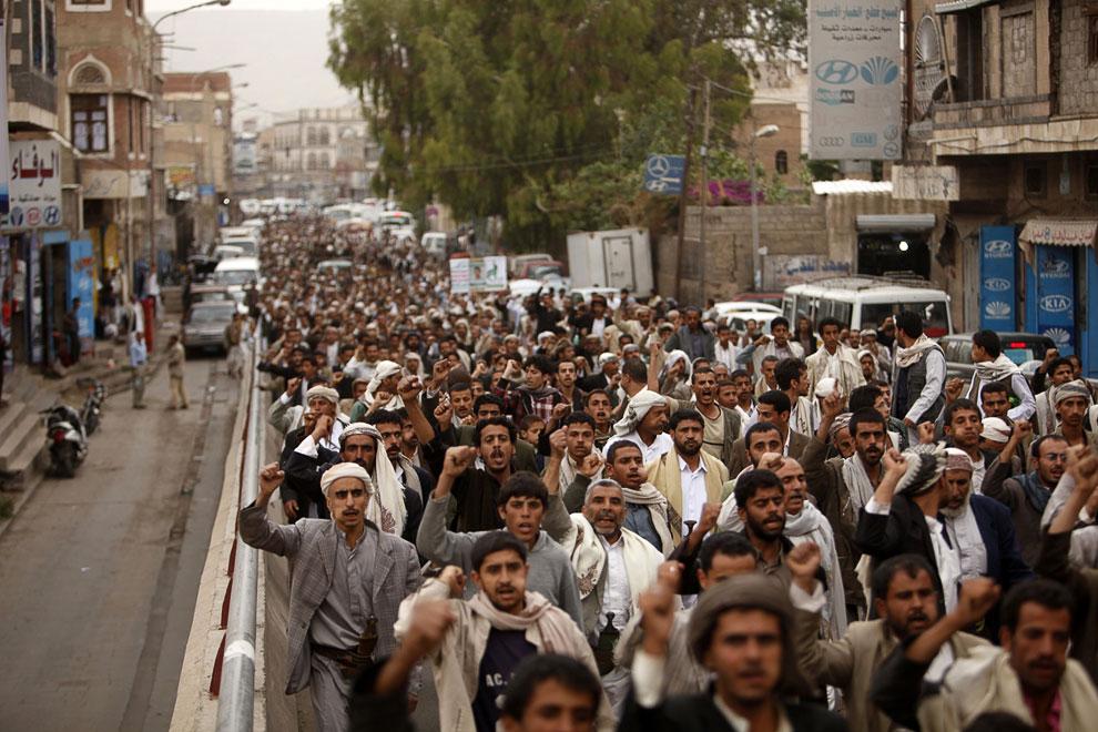 В Йемене по меньшей мере два человека погибли и 30 человек пострадали во время акции протеста против злоупотреблений службы безопасности страны