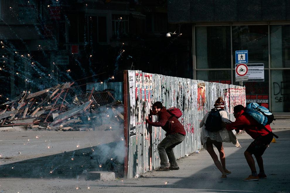 В укрытие от фейерверков! Стамбул, площадь Таксим