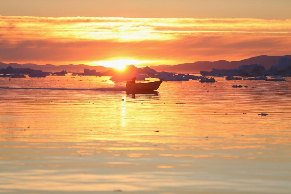Якобсхавн — крупнейший в мире быстро движущийся ледник