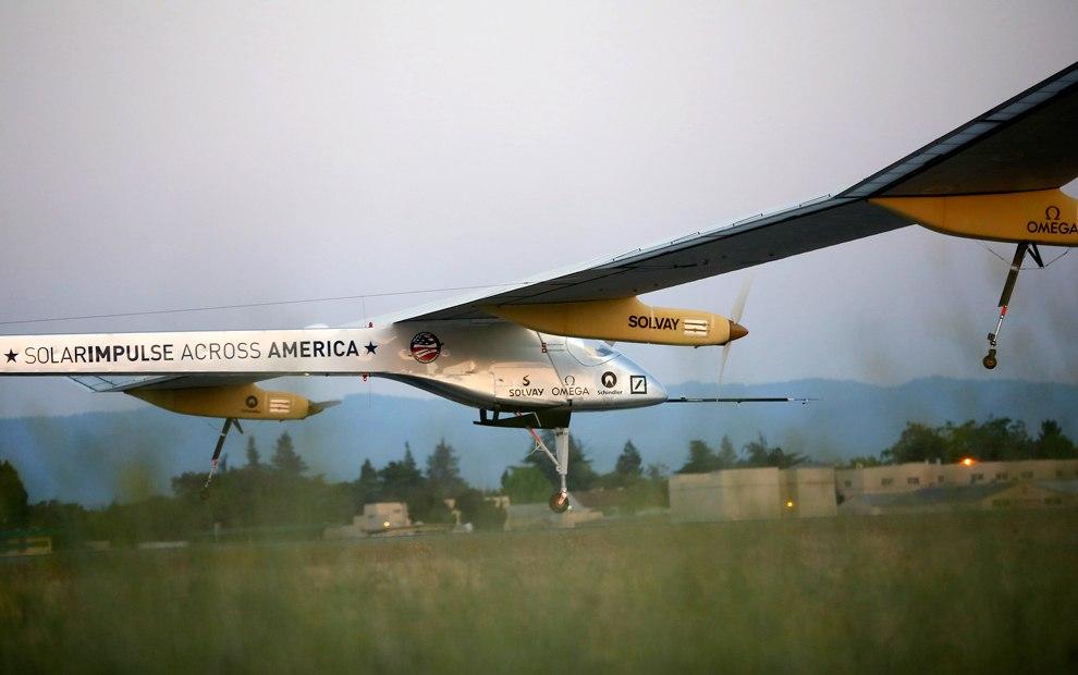«Солнечный Импульс» летит из Сан-Франциско в Феникс, 3 мая 2013