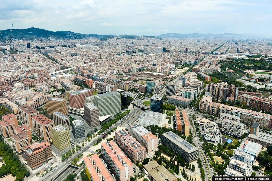 Гран Виа — одна из самых главных улиц в Барселоне