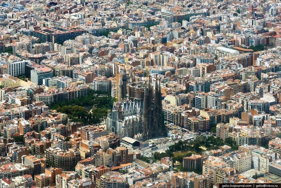 Главная достопримечательность Барселоны - Храм Святого Семейства
