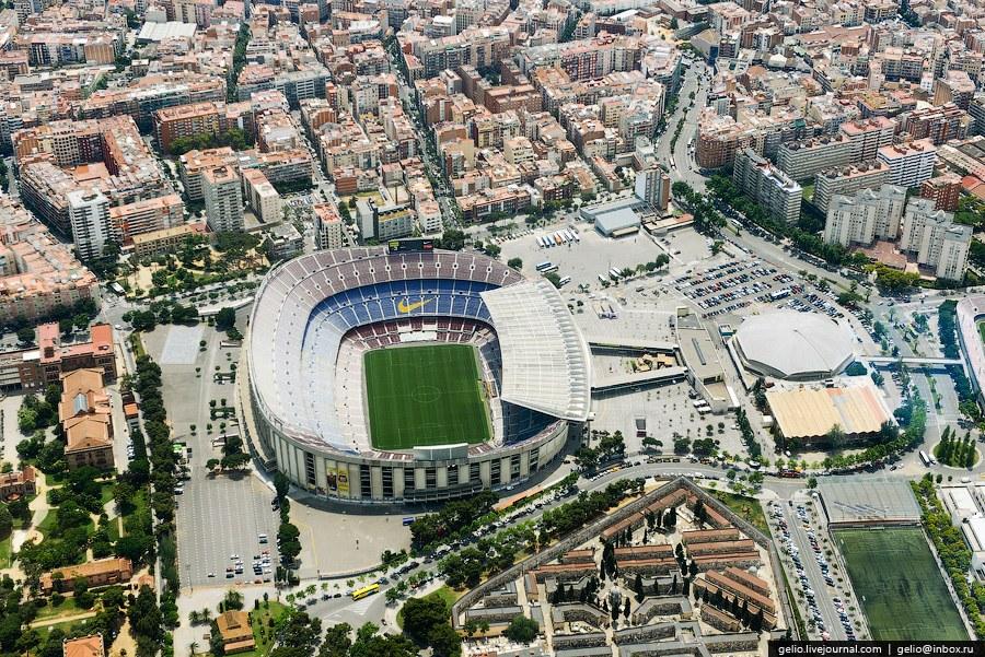 Стадион «Камп Ноу» — это самый большой стадион в Европе