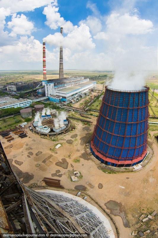 Градирни — огромные охлаждающие башни