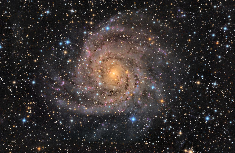 Скрытая галактика IC 342