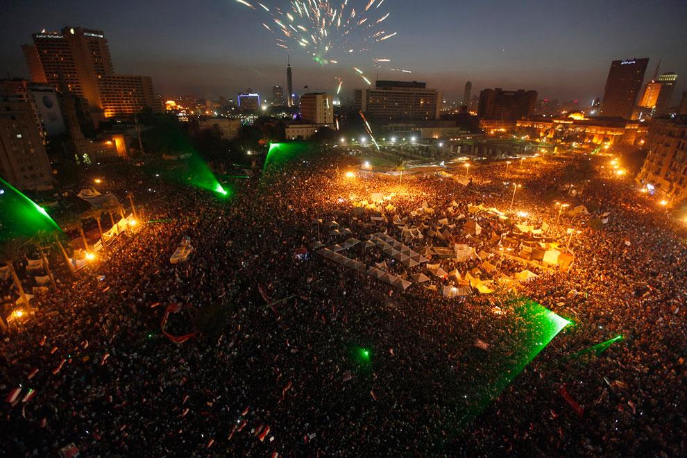 Вечерняя площадь Тахрир в Каире