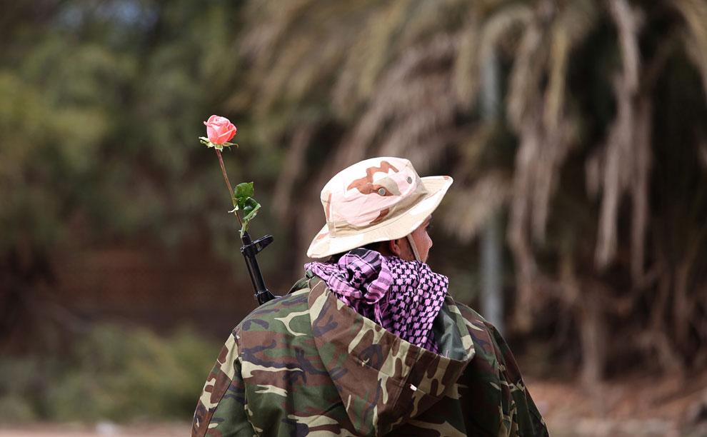 Миролюбивый член новых ливийских сил безопасности