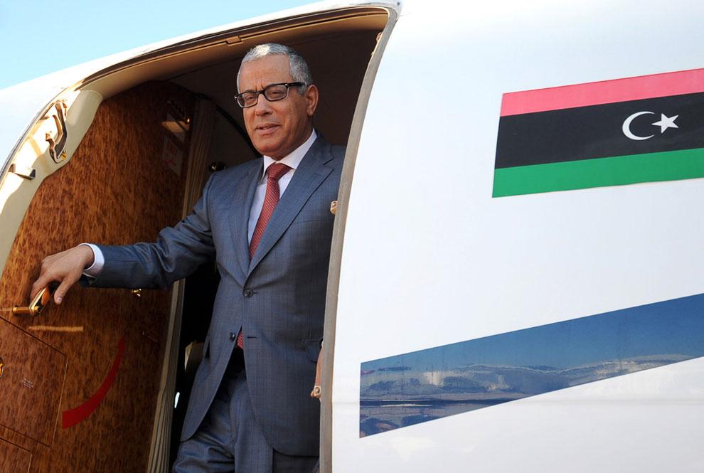 Премьер-министром страны Али Зейдан