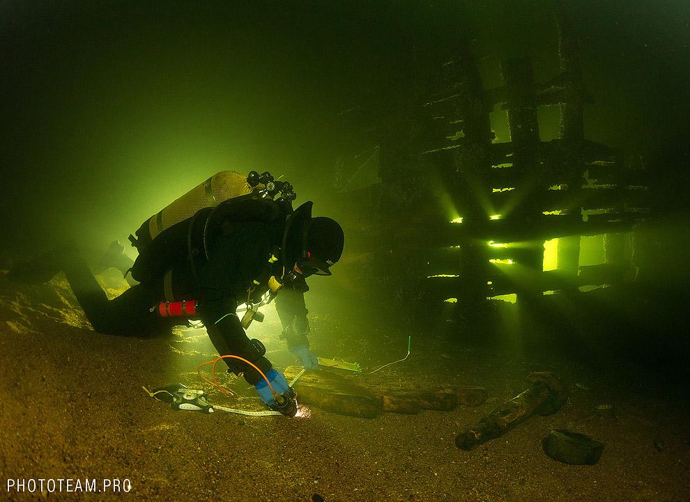 Остаток лафета с затонувшего корабля. Это приспособление, на котором закрепляется ствол орудия