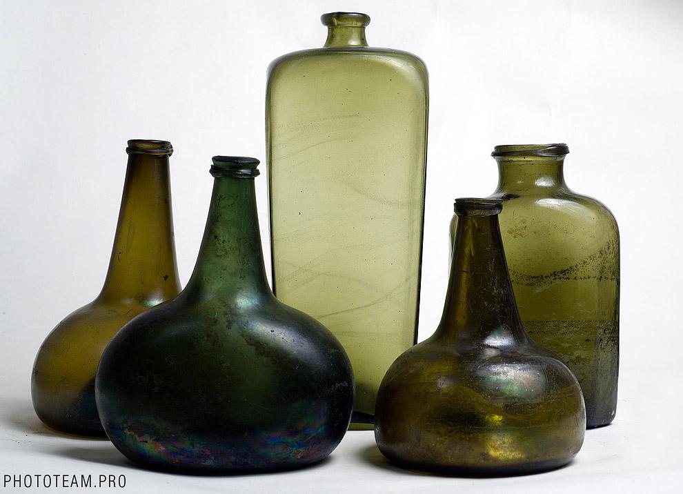 Это стеклянные бутылки