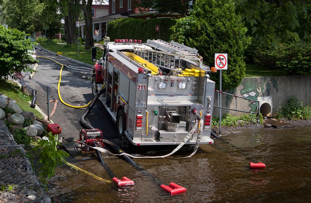 С огнем боролись более 150 пожарных