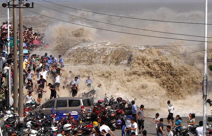 Приливная волна: против течения