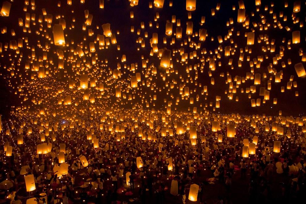 24 мая в университете Филиппин запустили в небо 15 185 китайских фонариков. Предыдущий рекорд был поставлен в 2012 году, тогда в Румынии на открытии торгового центра запустили в небо 12 740 фонарей