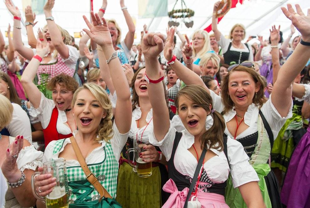 Брецельфест — крупнейший народный праздник Верхнего Рейна, ежегодно проходящий в Шпайере, Германия во второй уикенд июля и длящийся целых 6 дней